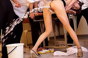 朝桐光パンスト美脚の美人女教師を輪姦レイプ!浣腸をぶち込まれてしまいアナルから大噴射