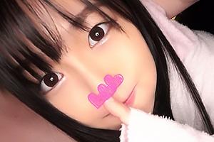 【素人】きょんこ 黒髪ロングのロリ顔娘は爆乳おっぱいの持ち主!ザーメンをごっくんするドスケベJK