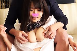 【素人】おぜ 地味顔JKはJカップ超乳おっぱいのガテン系!ドM彼女が彼氏ザーメンを残さずごっくん