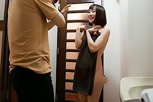 架乃ゆら 童貞男子と同棲生活しちゃうスレンダーな美少女!全裸姿を見せつけ興奮させちゃう