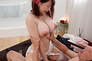 中山ふみか 元子役の激カワ美少女がソープ嬢となって降臨!Hカップ爆乳を揉まれながら騎乗位挿入