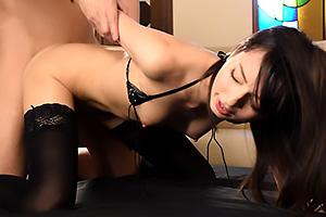 西田カリナ スレンダー美少女のアナル開発!ローターでじっくり拡張フェラしてフル勃起肉棒バックで挿入倶楽部!