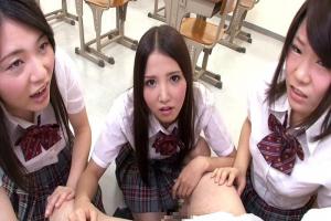 友田彩也香元女子校で男は僕だけ包茎がバレちんぽを弄ばれる