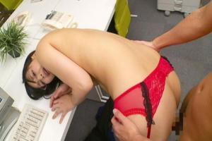 並木塔子 色気もエロい身体もたまらないスレンダー美女を突いたりチンポしゃぶってもらったり!