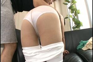 岩下千恵セックスレスの四十路熟女を初撮り!ピタパンを脱がせるとパンツのエロ染み露出