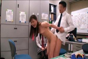 さとう遥希愛原さえグラビア撮影時に時間停止して美人達をイタズラ!全裸にされてレズキスさせられる