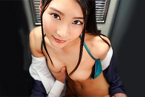 【VR】本庄鈴 黒髪の美人OLお姉さんとロッカー内で密着セックス!スーツを脱がせて生ちんぽ挿入