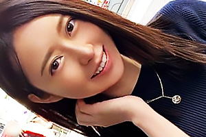 【素人】むらさき(21) 秋田出身のスレンダー色白女子大生!ご奉仕好きな美少女となし崩しセックス