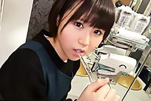 【素人】みつぐ(21) ショートカットの清楚系美少女は工業女子!パイパンまんこを立ちバックで鬼責め