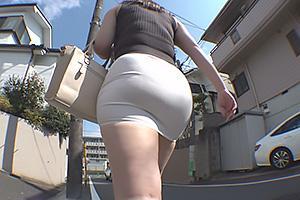 七瀬沙菜 タイトなミニスカを履いたムチムチ巨尻の若妻!オナニーを見せつけエッチな誘惑