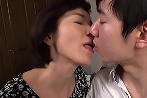 内原美智子 還暦を迎えた六十路熟女のお婆ちゃん!孫と近親相姦セックスでザーメン中出し