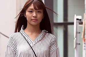 木下ひまり ぷりっぷりな美尻のモデル級美人女子大生が卒業研究合宿で3Pプレイでイキまくり