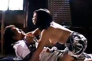 【奥様寝取られ】華奢でエロい美乳の奥様人妻の、寝取られ不倫奴隷プレイがエロい。
