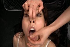 みづなれい ドレス姿の美女を性奴隷調教!鼻フックを装着させられ変顔にされて弄ばれてしまう