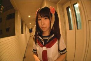 愛須心亜 ロリツインテールなパイパン娘が制服コスプレで素人さんと中出し宅ハメ撮り!