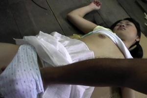 街で見つけた激カワロリ顔美少女を拉致!昏睡状態にさせて無理矢理レイプする鬼畜映像