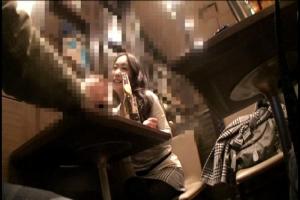 飲食店に一人で来ている黒パンストのお姉さんをナンパ!ホテルに連れ込み即ハメファック