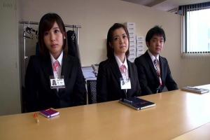 林美紀 新入女子社員を口説いて勃起チンコを手コキさせ筆おろしSEXさせちゃう