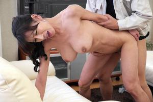 北島玲 裸族の熟女人妻ボディに興奮マンコ舐めまくり中出しSEX
