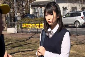 浅田結梨ムチムチデカ尻JKのショタコンセックス!可愛い顔して制服の下は食い込みTバック!