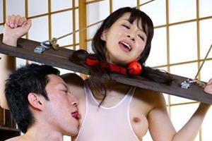 篠宮千明 巨乳人妻が拘束されおっぱい舐められながらバイブを仕込まれて感じまくり!