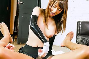 吉沢明歩ペニバンつけてM男のアナル犯しまくる淫語痴女!ケツ穴突きながら手コキする鬼責めプレイ