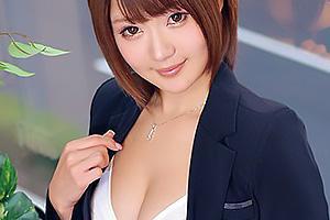 Rin 年収1000万の肉食系痴女OL!クンニでイキまくりのお姉さんに着衣セックスで中出し