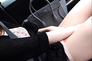 るりちゃん(26) エッチが大好きなⅮカップのお姉さん!車内でオナニーしたらイチャラブキス