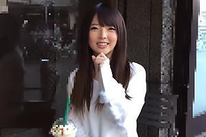 りりあ(20) 広島から上京してきた素人娘!おっぱいを揉みまくりパンツの上から電マ責め