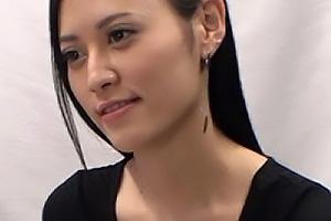 ともみ(30) 黒髪ロングの美しい三十路熟女をナンパ!素人妻に浮気ちんぽをぶち込み大量中出し