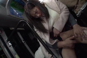 卑劣なストーカーにバス車内で豪快痴漢にあうミニスカ美少女!立ちバックで無理やり犯され精神崩壊