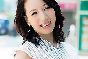 とうこ(30) 日本橋で見つけた三十路の熟女妻!ナンパされた男とカーセックスで浮気ザーメン中出し