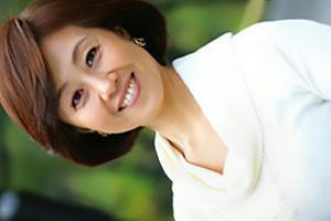 柳田和美 ショートカットの四十路熟女がAVデビュー!夫の出張中に浮気セックスしちゃう人妻