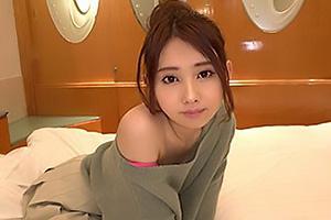 NEGI(20) 小動物系のスレンダーな童顔美少女とハメ撮り!素人娘をホテルに連れ込み濃厚キス
