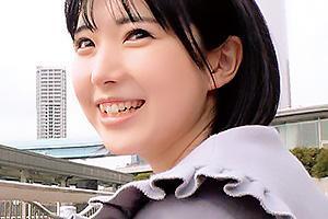 ひかる(21) 上京してきたAカップ貧乳の素人女子大生をナンパ!生ハメバックでザーメン中出し