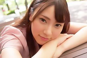 竹内夏希 超絶可愛いアパレル店員とオイルまみれの濃厚セックス!こってりザーメンを顔面にぶっかける
