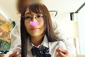 【素人】べりか 成績優秀の真面目な制服美少女JKとハメ撮り!アニメ声の激カワ娘をアクメに導く