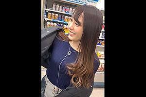 美月(21) 博多美人の極上OLとハメ撮りセックス!まんこをクンニと電マで責められ感じちゃう