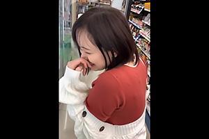 ねねね(20) スーパーで働く無邪気な爆乳素人娘!ふわふわの神乳おっぱいを揉みまくる