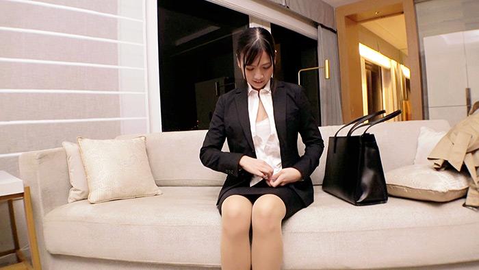【極エロ就活女子】25歳【輝きたいオンナ】りんちゃん参上!就活の面接帰りに現れた彼女の応募理由は『一人前のオンナになりたくて…』現在無職の半人前女子はAVのSEXに興味あり!真面目な印象なのにヤル事ナス事エロ過ぎる!変態漲る激イキSEX絶対に見逃すな!