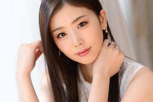 【小松杏 動画】元モデル8.5頭身妖艶な美人人妻マドンナ期待の超大型新人デビュー