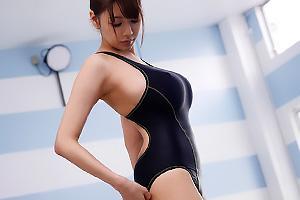 安齋らら 乳首が浮きまくりのピタピタ水着を着衣した女教師!超乳美女をプールで輪姦レイプ