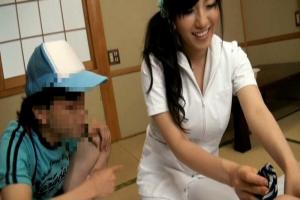 長澤あずさ 介護に来ていた爆乳おっぱいのお姉さんにイタズラ!エスカレートしてショタちんぽ挿入
