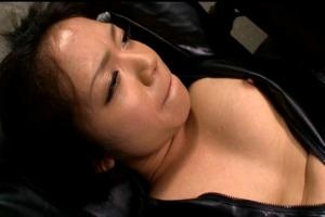 シェリー女捜査官が悪党に捕まり拷問プレイで強制フェラSEXでハメられる
