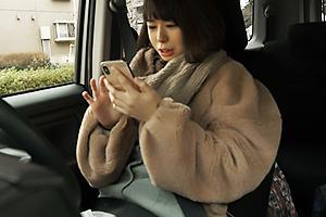【素人】ayame(26) 美乳の素人OLとハメ撮り!パイパンまんこを濡らしまくるお姉さんに顔射