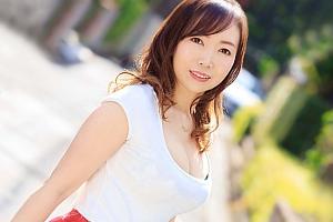 【喜久田みつは 動画】恥ずかしいけど、濃厚なKISSがしたい。 某化粧品会社の口紅開発部で働く人妻デビュー