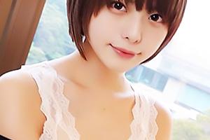 【素人】るな スレンダー美乳の極上美少女とハメ撮り突入!パイパンまんこをガン突きしたらザーメン顔射
