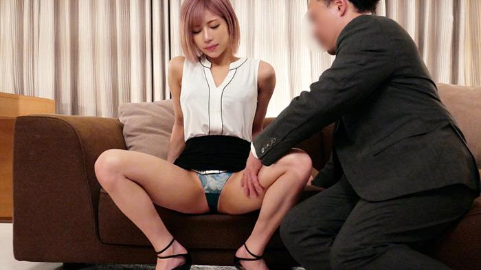 ラグジュTV 1413 美人メイクアップアーティストが前回のセックスに魅了され再登場!クールな印象とは裏腹に自身をMタイプだと語る彼女…。イヤらしい男の指示に頬を染めつつ照れながらも従い、興奮と比例して敏感となった身体…。止めどない快楽に喘ぎ乱れる!
