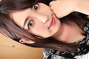 【素人】ゆり 色白美乳のスレンダー美少女とハメ撮り!立ちバックで突きまくりザーメンをぶっかける