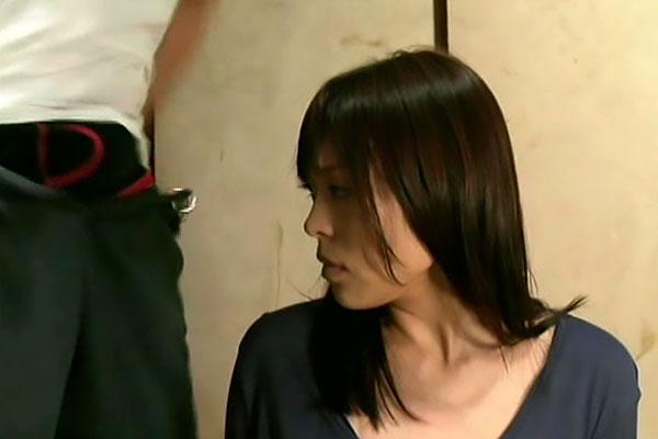 【ヘンリー塚本】中森玲子 誘われているのか?目の前にペニス見せつけバックで強姦揺れる巨乳に興奮する下劣なレイプ!